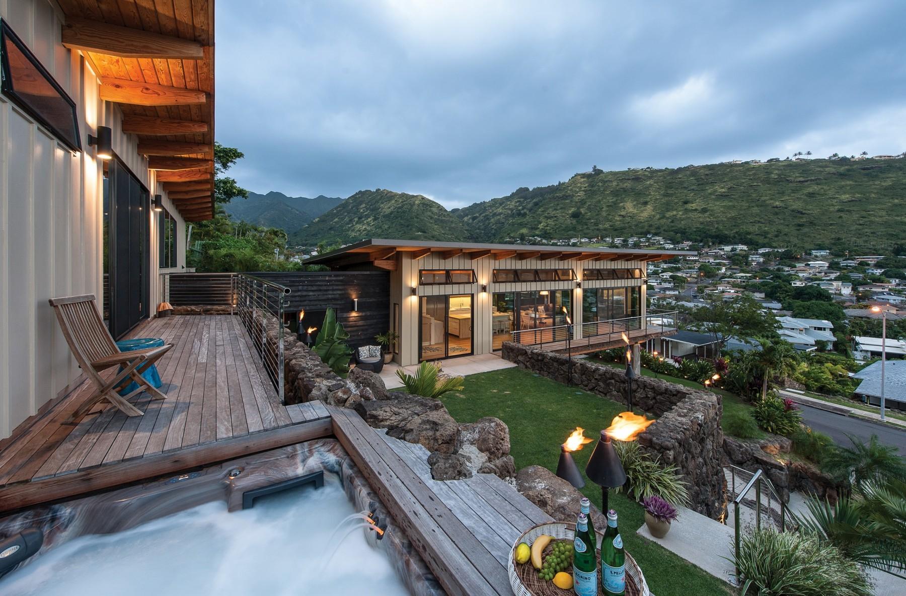 07 21 Hhr Feature Build Oahu 2